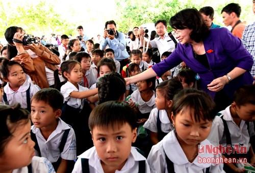 Programa lacteo escolar mejora nutricion de alumnos vietnamitas hinh anh 1