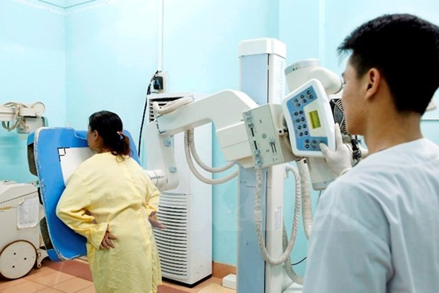 Mas de 82 por ciento de poblacion de Hanoi cuenta con seguro social hinh anh 1