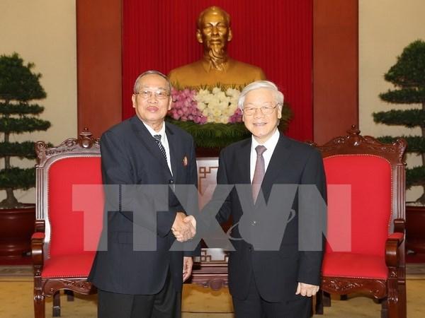 Fortalecen nexos partidistas Vietnam-Camboya hinh anh 1