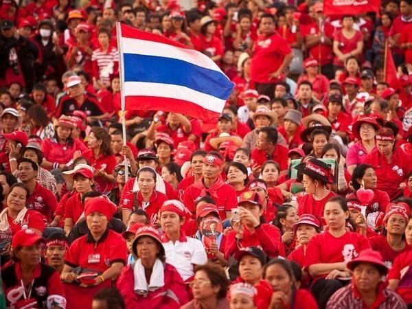 """Tailandia: canal televisivo del grupo politico """"Camisas Rojas"""" obligado a suspender su operacion hinh anh 1"""