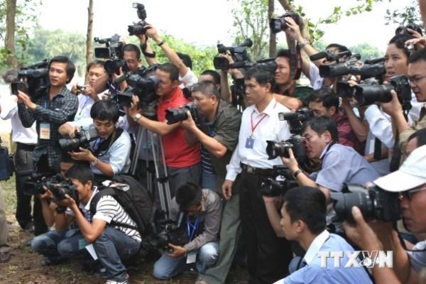 Debaten en Hanoi orientaciones politicas e ideologicas en actividades periodisticas hinh anh 1