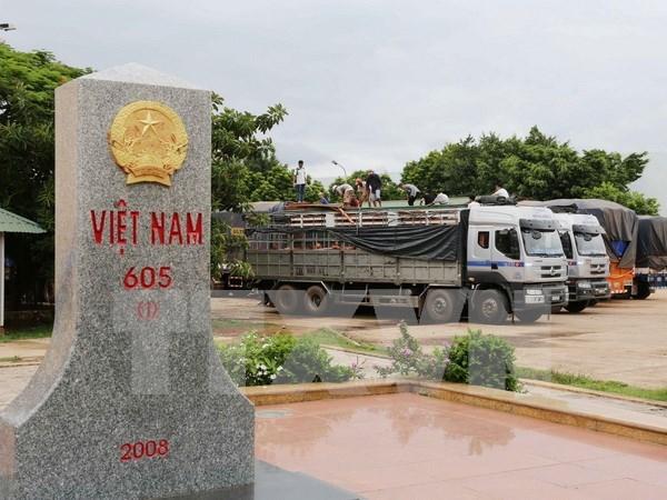 Inician construccion de puente Xa Ot en puerta fronteriza Vietnam-Laos hinh anh 1