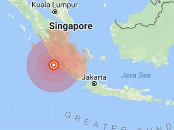 Terremoto de magnitud 6,6 sacude Indonesia hinh anh 1