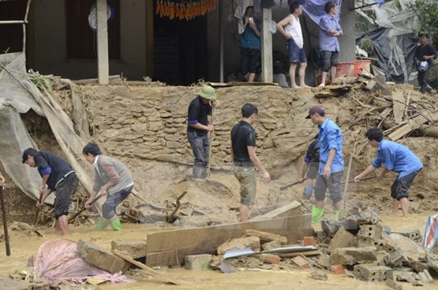 Provincias norvietnamitas despliegan medidas en respuesta a graves inundaciones hinh anh 1