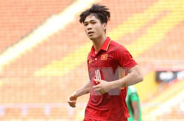 Consigue Vietnam segunda victoria en futbol en SEA Games 29 hinh anh 1
