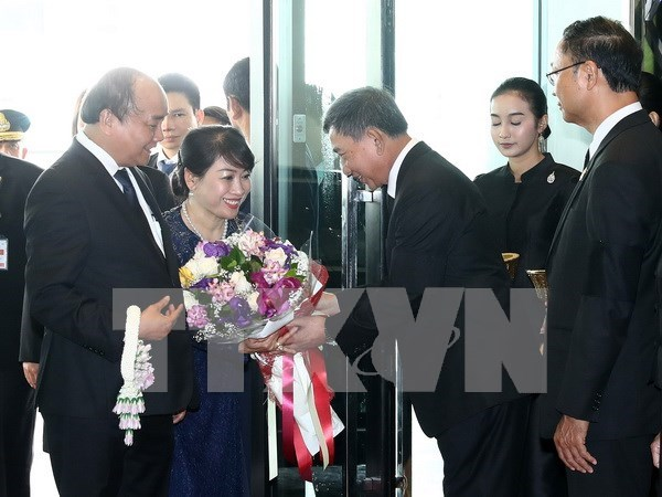 Premier de Vietnam inicia visita oficial a Tailandia hinh anh 1