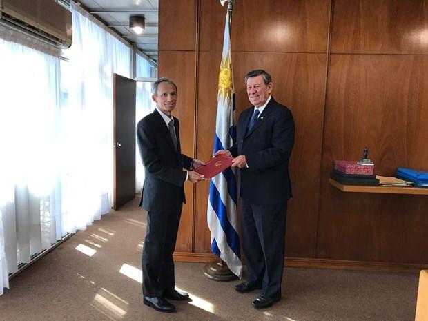 Resaltan relaciones de cooperacion entre Vietnam y Uruguay hinh anh 1