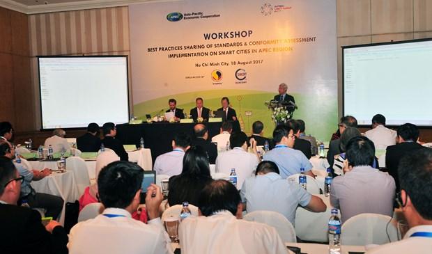 Intercambian en Vietnam experiencias sobre desarrollo de ciudades inteligentes hinh anh 1