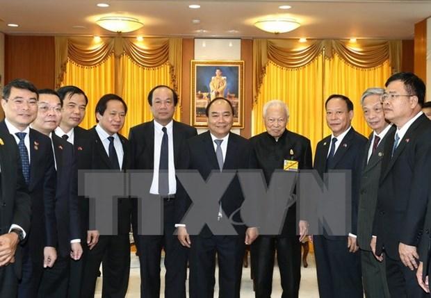 Premier de Vietnam continua con agenda apretada en Tailandia hinh anh 1