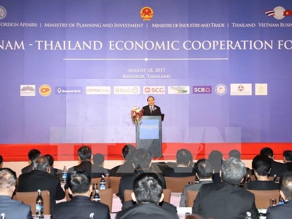 Premier vietnamita llama a inversiones tailandesas en reestructuracion de empresas estatales hinh anh 1