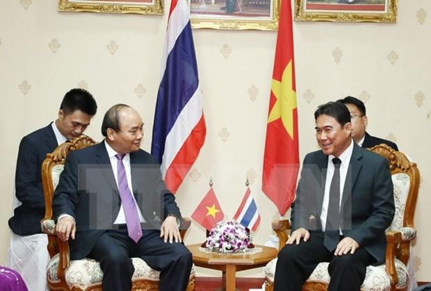 Premier vietnamita recorre la provincia tailandesa de Nakhon Pathom hinh anh 1