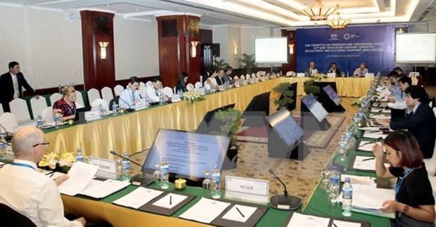 APEC 2017: Promueven comercio e inversion en equipos electricos y electronicos hinh anh 1