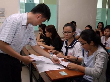 Vicepremier vietnamita pide continuar renovando sector educativo hinh anh 1
