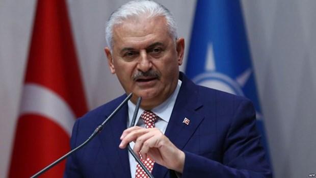 Primer ministro turco inicia visita oficial a Vietnam hinh anh 1