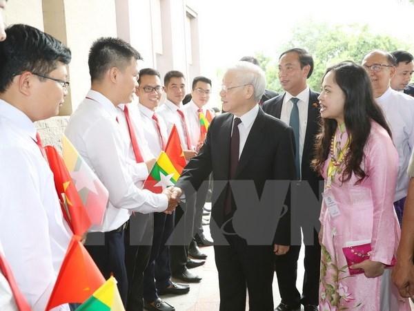 Maximo dirigente partidista de Vietnam inicia visita de Estado a Myanmar hinh anh 1