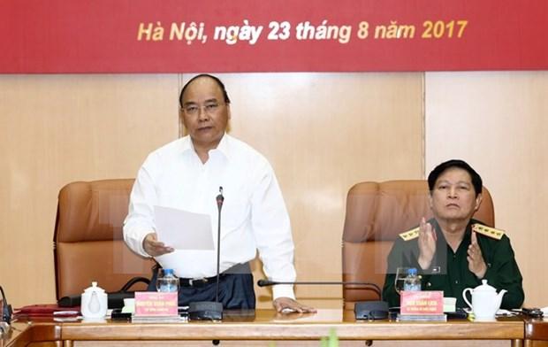 Premier vietnamita orienta tareas de defensa nacional hinh anh 1