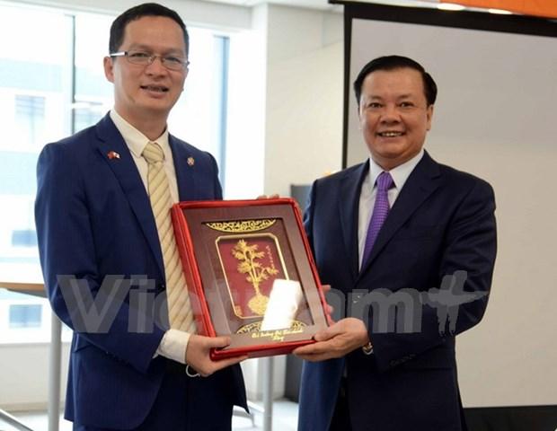 Ministro vietnamita pide mayor desempeno de FPT Japon hinh anh 1