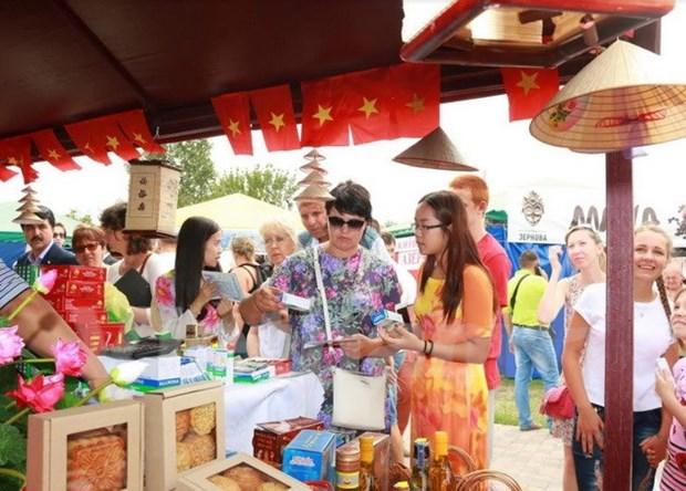 Stand de Vietnam sobresale en Sorochinsky, mayor feria de Ucrania hinh anh 1