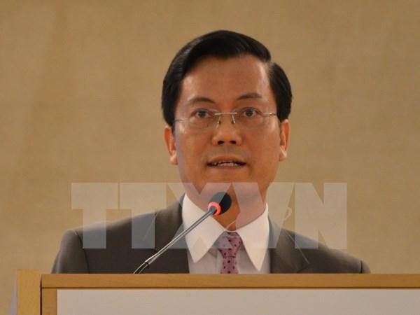 Vicecanciller de Vietnam visita el Vaticano hinh anh 1