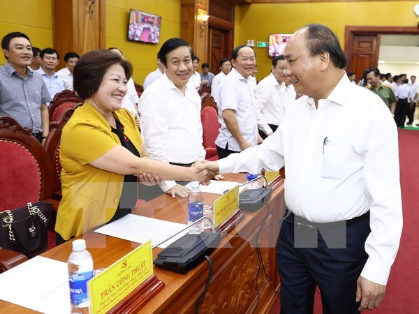"""Premier: Quang Binh debe ser el viento de la """"popa"""" del turismo de Vietnam hinh anh 1"""