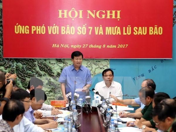 Vicepremier vietnamita orienta labores de prevencion de inundaciones hinh anh 1
