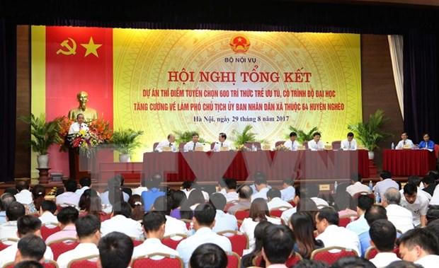 Vietnam llama al desempeno de jovenes intelectuales en administraciones locales hinh anh 1