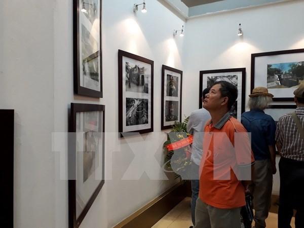 Exposicion fotografica resalta nexos de amistad entre Vietnam, Laos y Camboya hinh anh 1