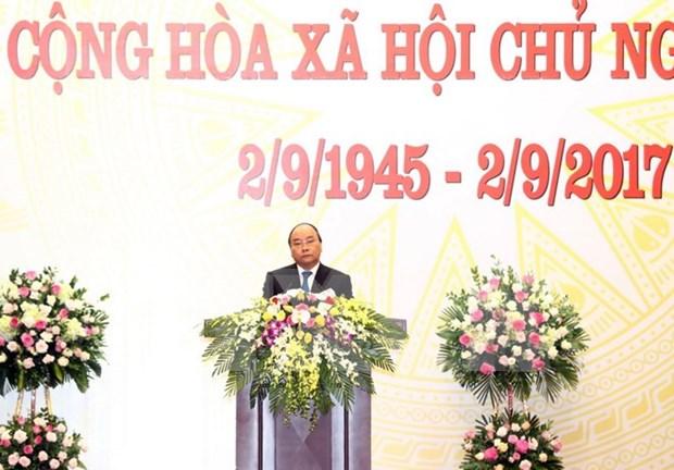 Premier de Vietnam ofrece banquete para conmemorar su Dia Nacional hinh anh 1