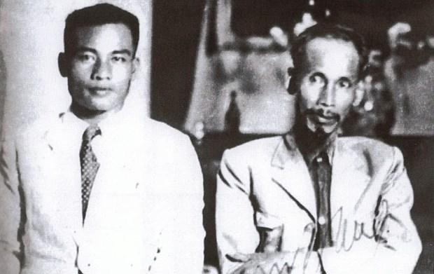 Lecciones de Presidente Ho Chi Minh: reliquia inapreciable para Frente de Laos hinh anh 1