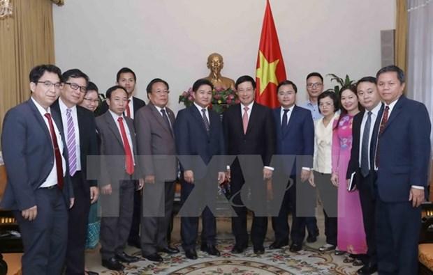 Vicepremier de Vietnam aboga por impulso de intercambio juvenil con Laos hinh anh 1