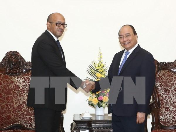 Vietnam dispuesto a compartir experiencias de desarrollo economico con Cuba hinh anh 1