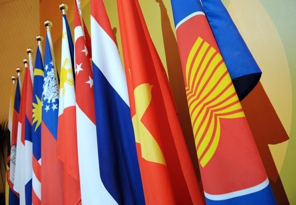 ASEAN y sus socios debaten la construccion de comunidad economica hinh anh 1