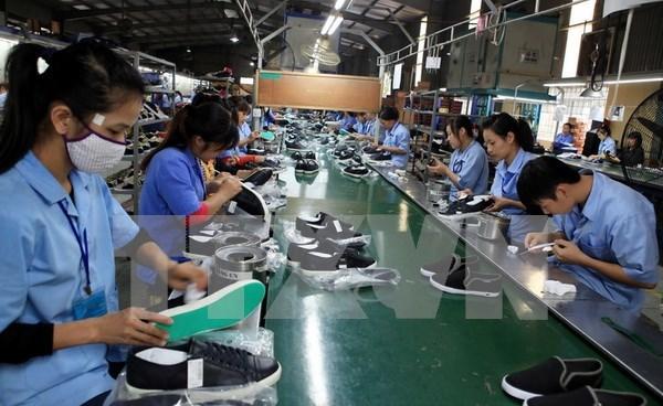 Ventas al exterior de calzado de Vietnam superan los 9,6 mil millones de dolares hinh anh 1