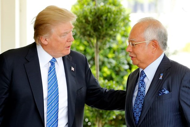 Donald Trump destaca esfuerzos de Malasia en lucha antiterrorista hinh anh 1