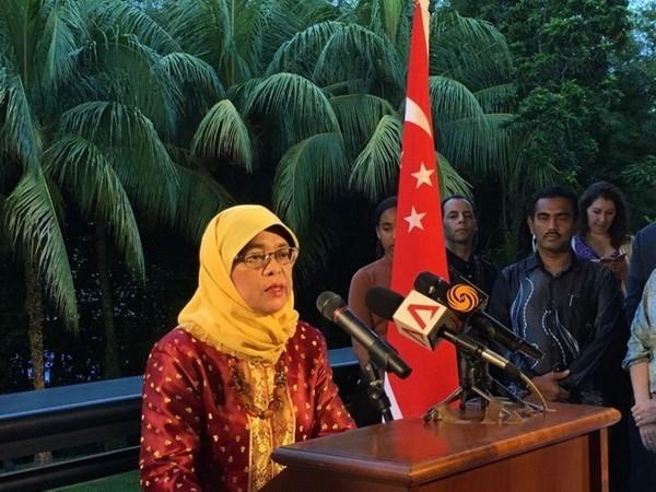 Halimah Yacob se convierte en presidenta electa de Singapur hinh anh 1