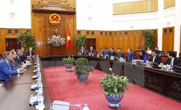 Vietnam comprometido a respaldar a inversores extranjeros hinh anh 1
