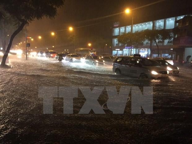 Vietnam Airlines reanuda vuelos a localidades afectadas por tifon Doksuri hinh anh 1