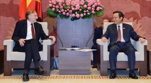 Vietnam concede importancia a EVFTA hinh anh 1