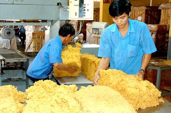 Exportaciones de caucho de Vietnam crecieron en primeros ocho meses de 2017 hinh anh 1