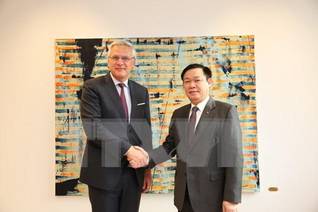 Vicepremier de Vietnam cumple agenda apretada en Belgica hinh anh 1
