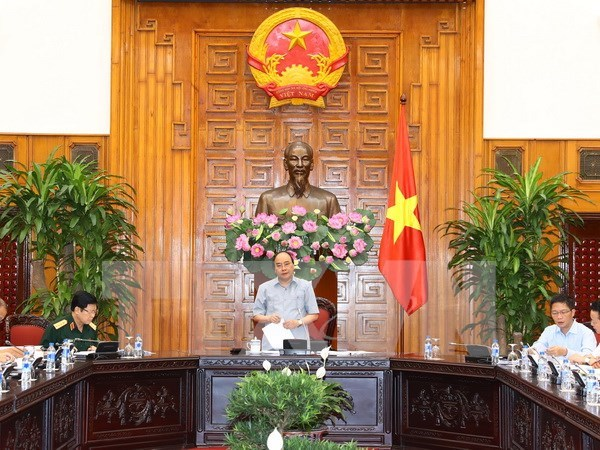 Premier vietnamita insta a modernizar industria de defensa hinh anh 1