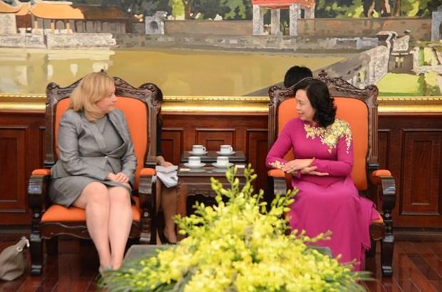 Dirigente de Hanoi propone aumentar cooperacion con localidades irlandesas hinh anh 1