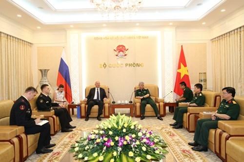 Vietnam fortalece nexos en defensa con Rusia y Filipinas ´ hinh anh 1