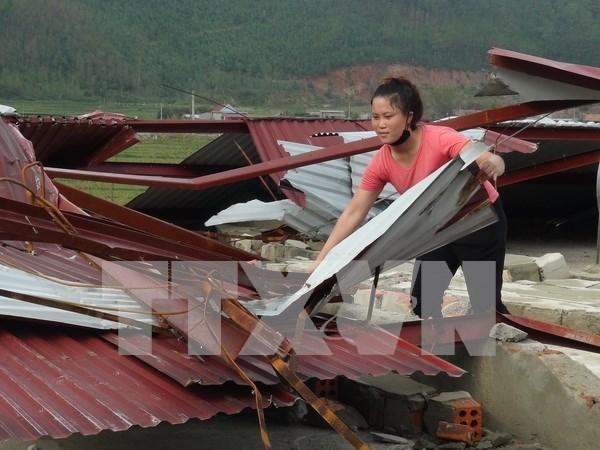 Vietnam brinda asistencia a victimas del tifon Doksuri hinh anh 1