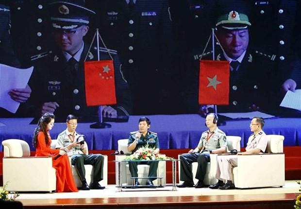 Efectuan Intercambio amistoso de Defensa fronteriza Vietnam-China hinh anh 1