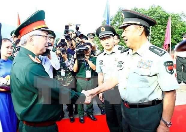 Viceministro vietnamita califica de exitoso el intercambio de defensa con China hinh anh 1