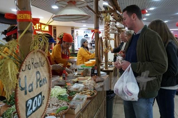 Festival gastronomica vietnamita atrae interes de visitantes rusos hinh anh 1