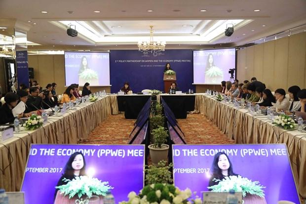 Economias del APEC buscan promover empoderamiento economico de mujeres hinh anh 1