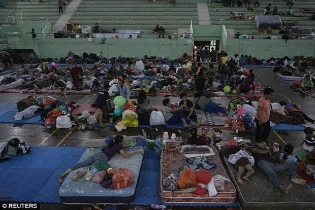 Mas de 57 mil personas evacuadas en isla indonesia de Bali por actividad volcanica hinh anh 1