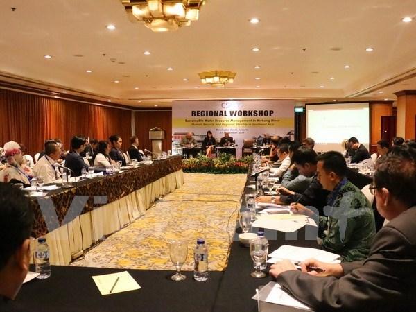 Impulsan gestion sostenible de recursos hidricos del rio Mekong hinh anh 1